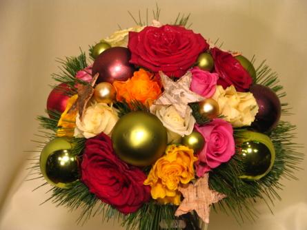 Virágposta - Karácsonyi rózsák