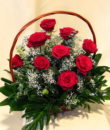 Virágposta - Klasszikus Vörös rózsás kosár virágküldés