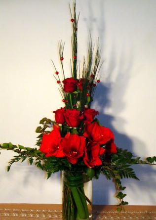 Virágposta - Amarilliszek, gyöngyök és rózsák