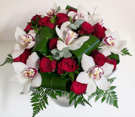 Virágposta - Luxus orchidea csokor vörös rózsákkal