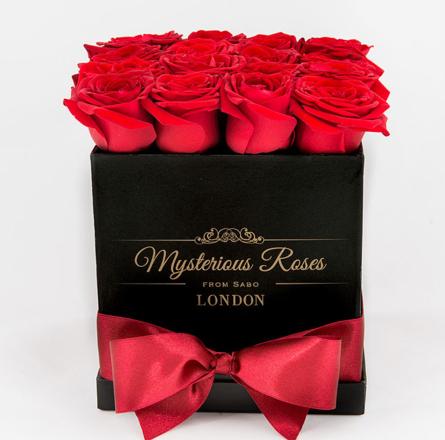 Virágposta - Vörös rózsák exkluzív dobozban 16 - 25 szál