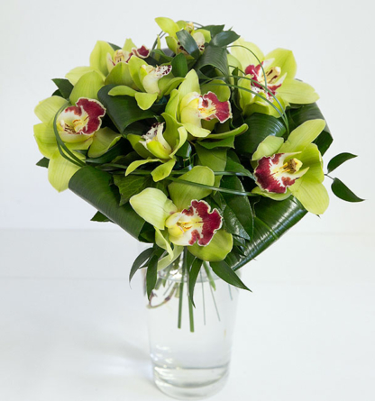 Virágposta - Orchideák zöldben - kerek csokor